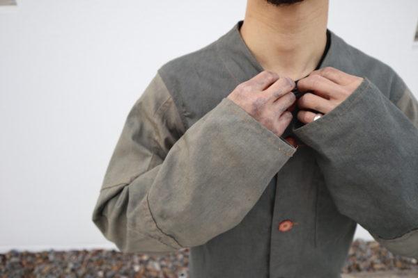 【NEW】漆黒に染まる手が生み出すジャケット